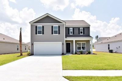 Savannah Single Family Home For Sale: 19 Gardenia Drive