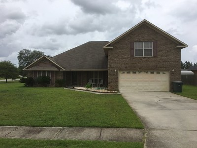 Hinesville Single Family Home For Sale: 208 Slayton Circle