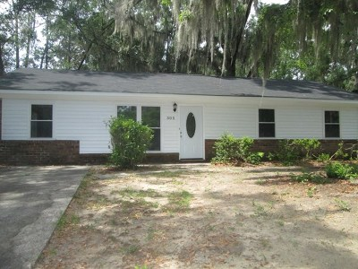 SAVANNAH Single Family Home For Sale: 305 Stacey Court