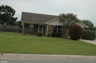 Hinesville Single Family Home For Sale: 703 Waterfield Drive