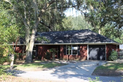 Hinesville Single Family Home For Sale: 822 Lakeview Court