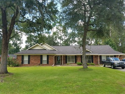 Hinesville Single Family Home For Sale: 414 Willow Oak Lane