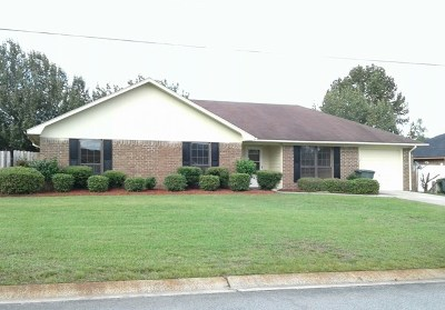 Hinesville GA Single Family Home For Sale: $112,500