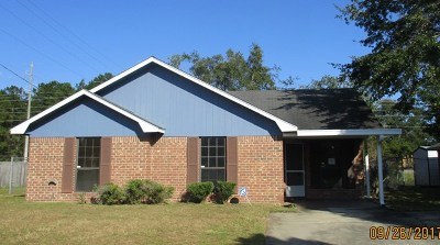 Hinesville Single Family Home For Sale: 1645 Latham Court