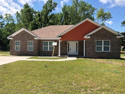 SAVANNAH Single Family Home For Sale: 1801 Champion Street