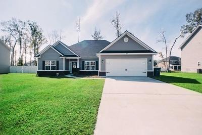 Hinesville Single Family Home For Sale: 622 Red Oak Lane