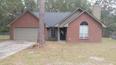 Hinesville Single Family Home For Sale: 702 Timber Ridge Trail