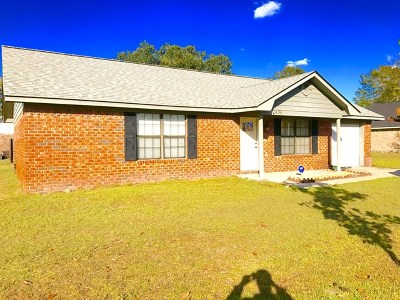 hinesville Single Family Home For Sale: 1435 Paul Caswell Boulevard