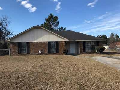 Hinesville GA Single Family Home For Sale: $104,900