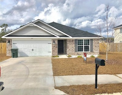 Hinesville Single Family Home For Sale: 215 Noble Crest