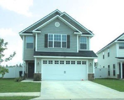 Hinesville Single Family Home For Sale: 609 Amhearst Row