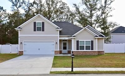 Hinesville Single Family Home For Sale: 1261 Peacock Trail