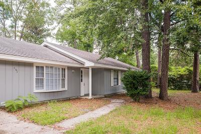 HINESVILLE Single Family Home For Sale: 565 Briar Circle