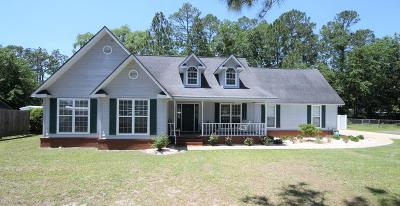 Jesup Single Family Home For Sale: 240 Memorial Drive