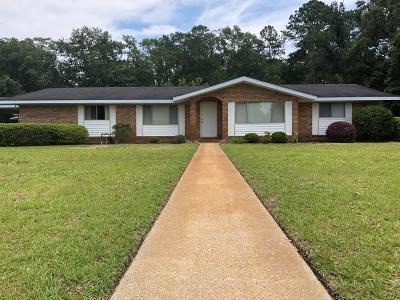 Jesup Single Family Home For Sale: 320 Pierce Street