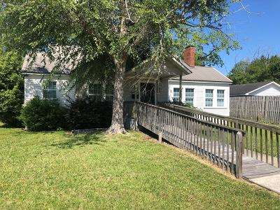 Jesup Single Family Home For Sale: 230 West Bay Street