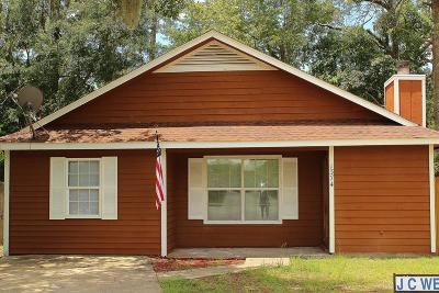 HINESVILLE Single Family Home For Sale: 1374 Forest Drive