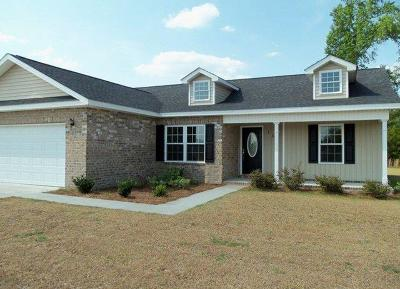 Timberlands Single Family Home For Sale: 156 White Oak Drive NE