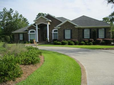 Jesup Single Family Home For Sale: 19 North Eagle Drive