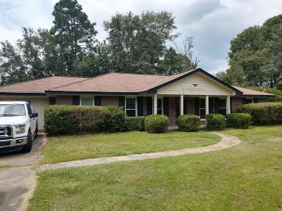 HINESVILLE Single Family Home For Sale: 621 Olmstead Drive