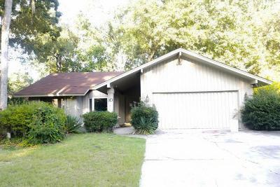 SAVANNAH Single Family Home For Sale: 10 Cutler Drive
