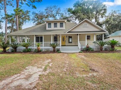 Single Family Home For Sale: 178 Lakeside Drive
