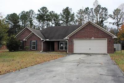 Hinesville Single Family Home For Sale: 422 Deloach Drive