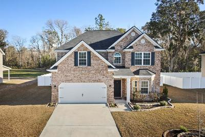 Hinesville Single Family Home For Sale: 961 Oak Crest Drive