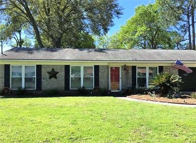 Hinesville Single Family Home For Sale: 703 Pineview Court
