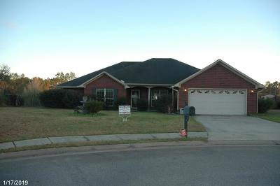 Hinesville GA Single Family Home For Sale: $150,000