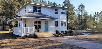 LUDOWICI Single Family Home For Sale: 103 Gordon Bend NE