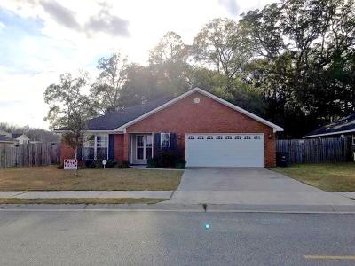 Hinesville Single Family Home For Sale: 227 Augusta Way