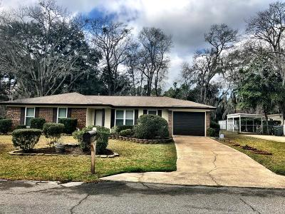 Hinesville Single Family Home For Sale: 801 Lakeview Court