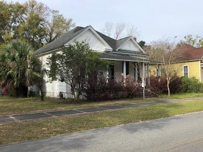 Jesup Single Family Home For Sale: 374 Plum Street