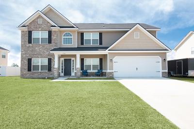 Oak Crest Single Family Home For Sale: 730 English Oak Drive