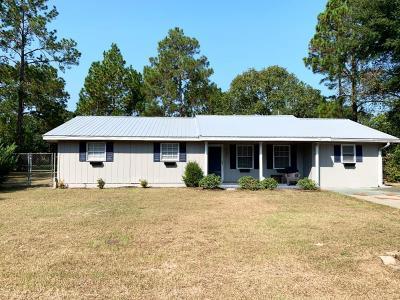 Jesup Single Family Home For Sale: 766 Oak Villa Drive