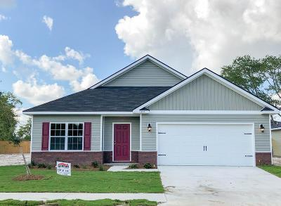 Hinesville Single Family Home For Sale: 104 Brasher Drive