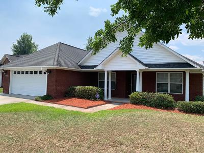 Hinesville Single Family Home For Sale: 716 English Oak Drive