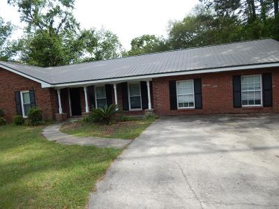 Hinesville Single Family Home For Sale: 203 Elizabeth Street