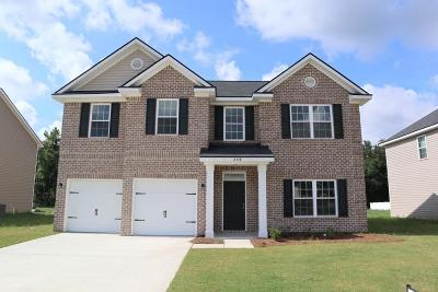 Hinesville Single Family Home For Sale: 668 Red Oak Lane