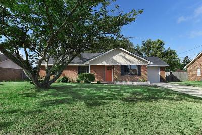 Hinesville GA Single Family Home For Sale: $124,900