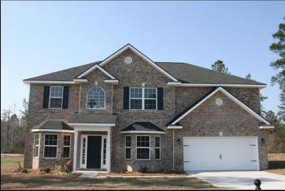 Long County Single Family Home For Sale: 317 Briarcrest Drive NE