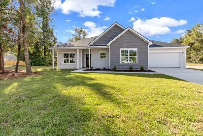 Pembroke Single Family Home For Sale: 10 Hamilton Court