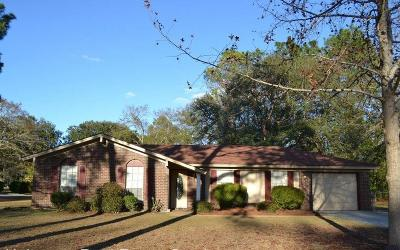 Hinesville Single Family Home For Sale: 212 Elizabeth Street