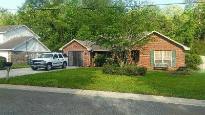 Hinesville Single Family Home For Sale: 821 Sagewood Drive