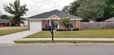 Hinesville GA Single Family Home For Sale: $158,900