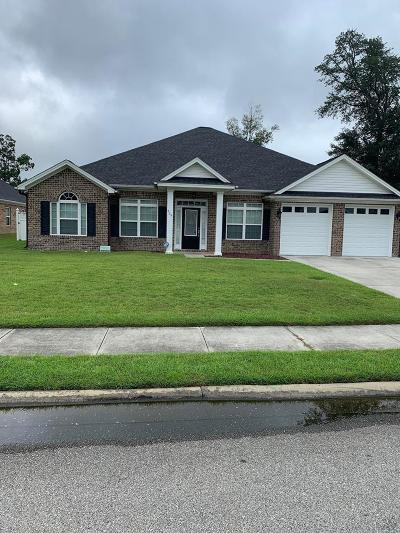 Hinesville Single Family Home For Sale: 729 English Oak Drive
