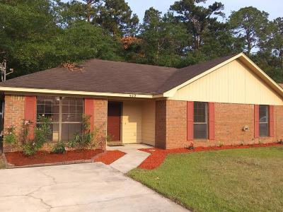 Hinesville Single Family Home For Sale: 922 Wrenwood Lane