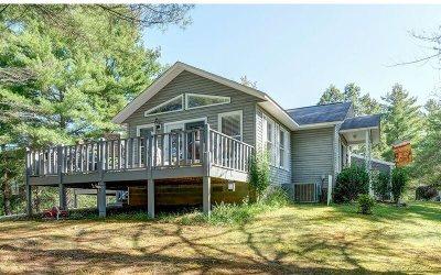 Murphy Single Family Home For Sale: 144 Joyce Road