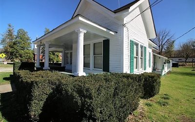 Cherokee County Single Family Home For Sale: 840 Main Street
